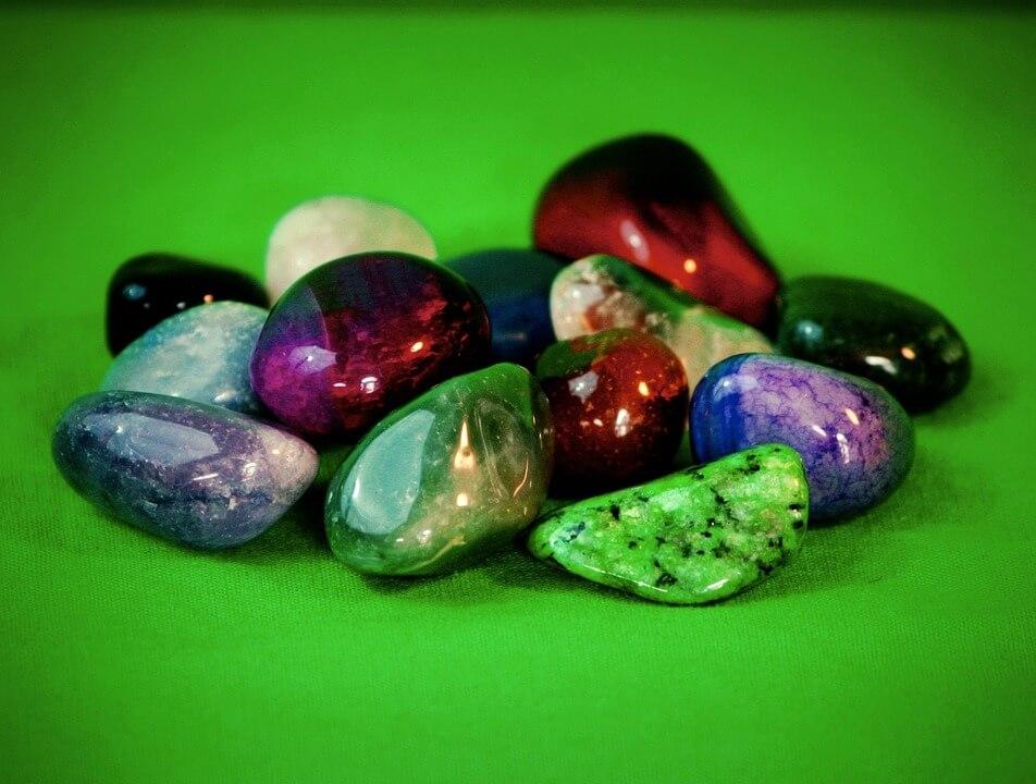 Giada, la pietra che attira la ricchezza