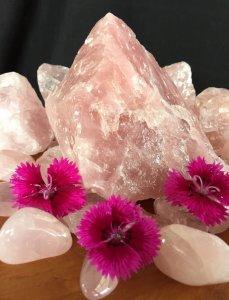 Quarzo Rosa: la pietra delle donne