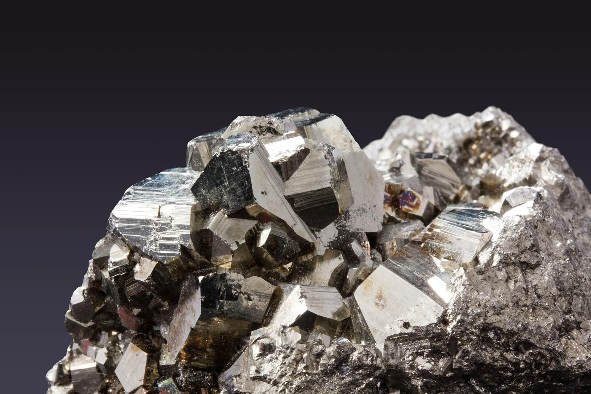 You are currently viewing Pirite: la pietra che aiuta le difese immunitarie